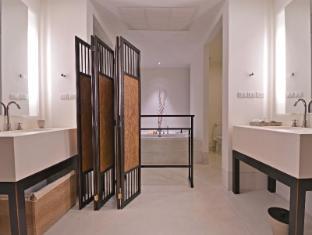 YaiYa Resort Hua Hin / Cha-am - Suite Sea Terrace-Bathroom