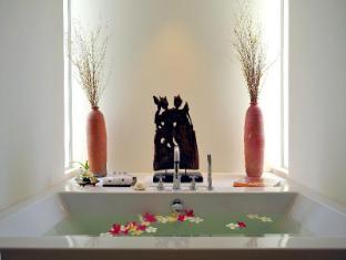 YaiYa Resort Hua Hin / Cha-am - Bathroom