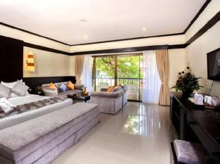 Horizon Patong Beach Resort & Spa Phuket - Junior Suite