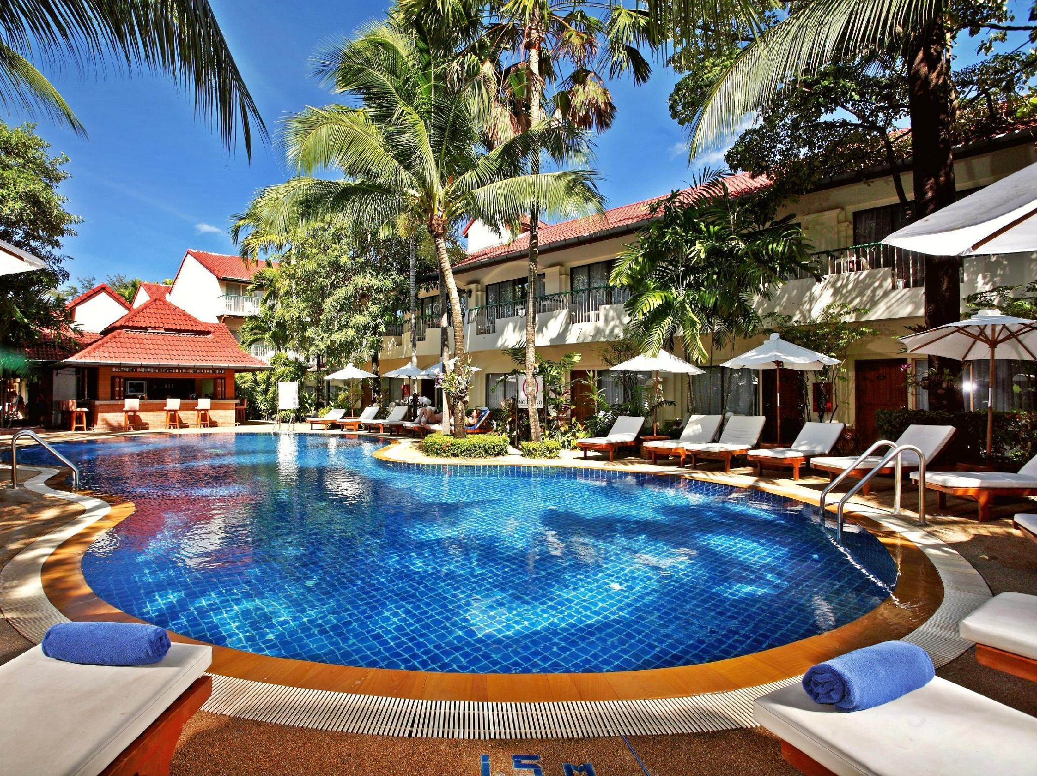 Horizon Patong Beach Resort & Spa Phuket - Yüzme havuzu