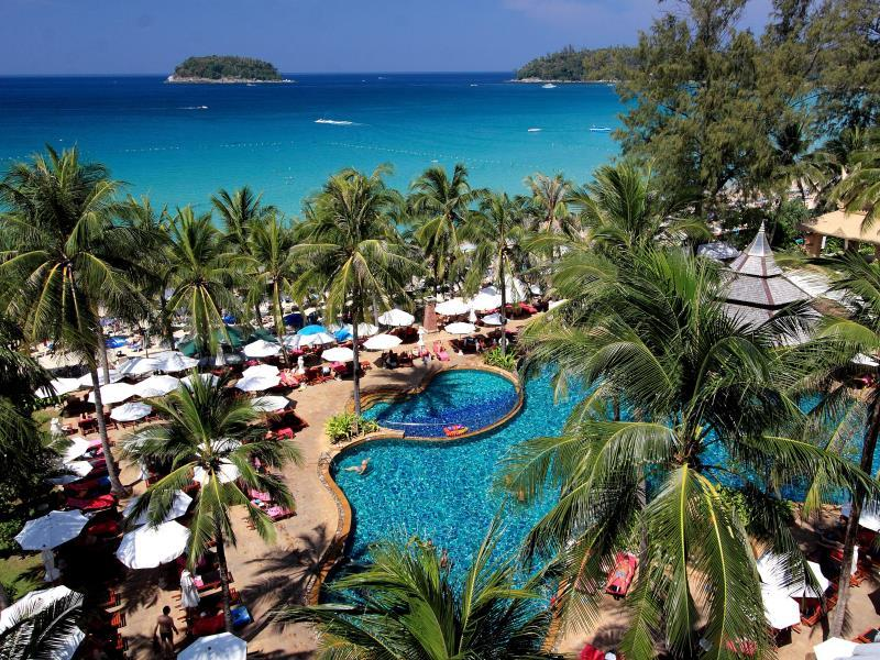 Kata Beach Resort פוקט - בית המלון מבחוץ