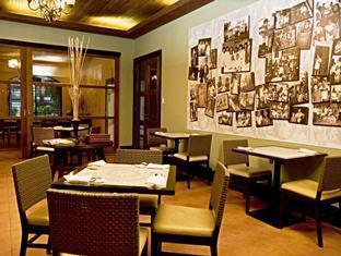 Casa Escano Bed & Breakfast Hotel סבו - מסעדה