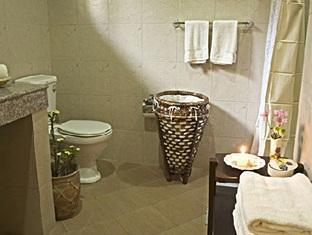 Casa Escano Bed & Breakfast Hotel סבו - חדר אמבטיה