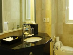 Bali Kuta Resort Bali - Bathroom