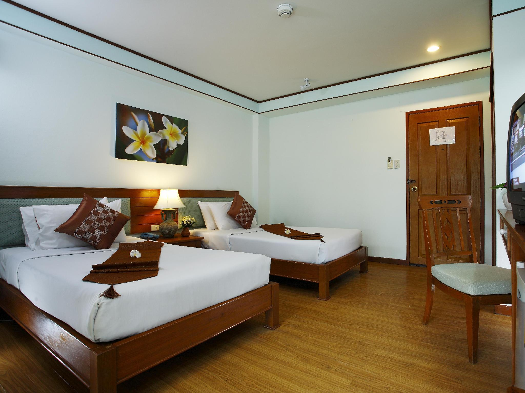 The Best House Hotel ภูเก็ต