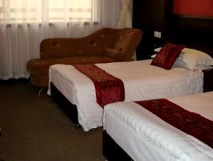 White Mansion Hotel - Room type photo