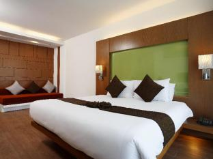 Peach Hill Resort Phuket - Superior Room