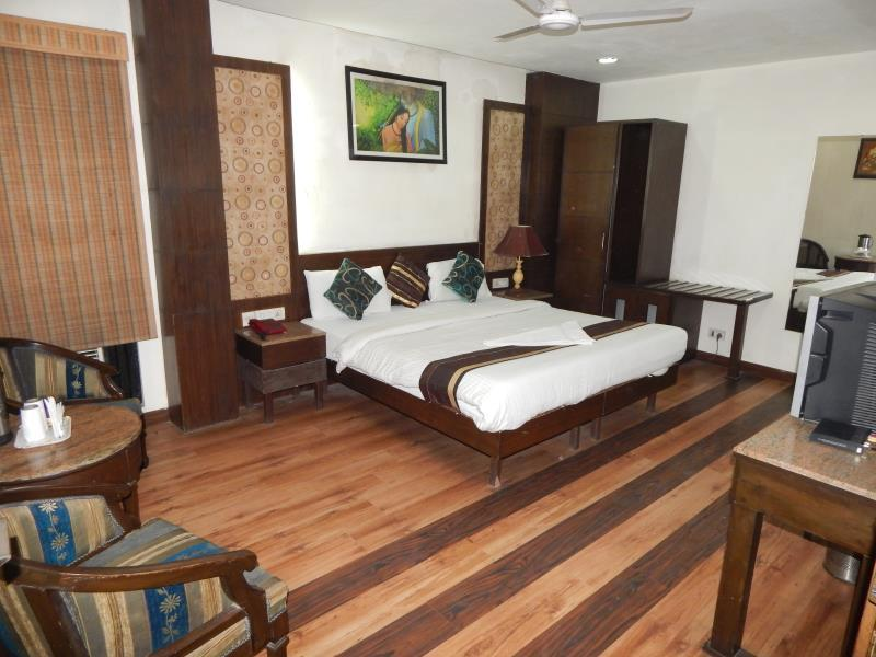 Hotel Grand Peepal - Hotell och Boende i Indien i New Delhi And NCR