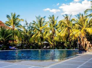 Ree Hotel Siem Reap - Swimming Pool