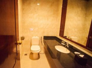 Ree Hotel Siem Reap - Bathroom