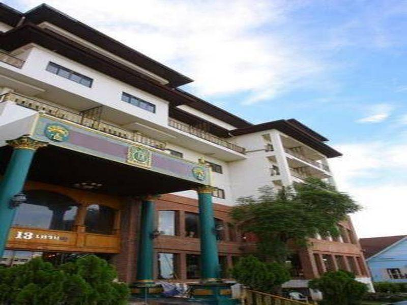 13 Coins Bang Yai Hotel - Hotels and Accommodation in Thailand, Asia