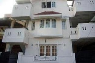 Castle Guest House Banashankari I Hotel - Hotel and accommodation in India in Bengaluru / Bangalore