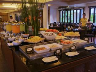 Thara Patong Beach Resort & Spa Phuket - Tantawan Breakfast Buffet