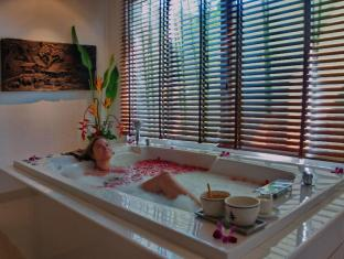 Thara Patong Beach Resort & Spa Phuket - Thara Spa Treatment