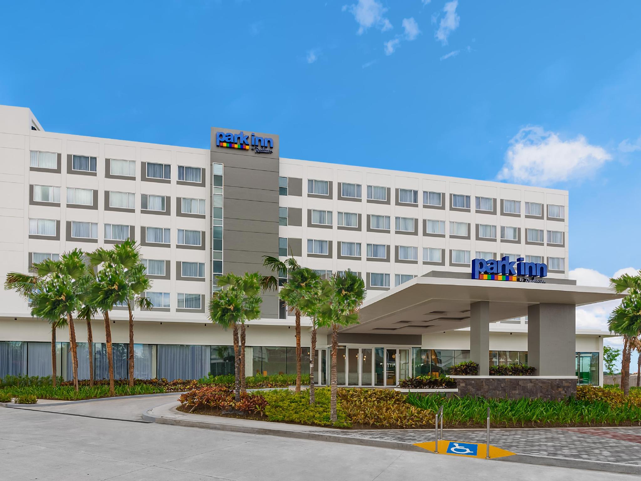 Park Inn by Radisson Clark - Hotels and Accommodation in Philippines, Asia