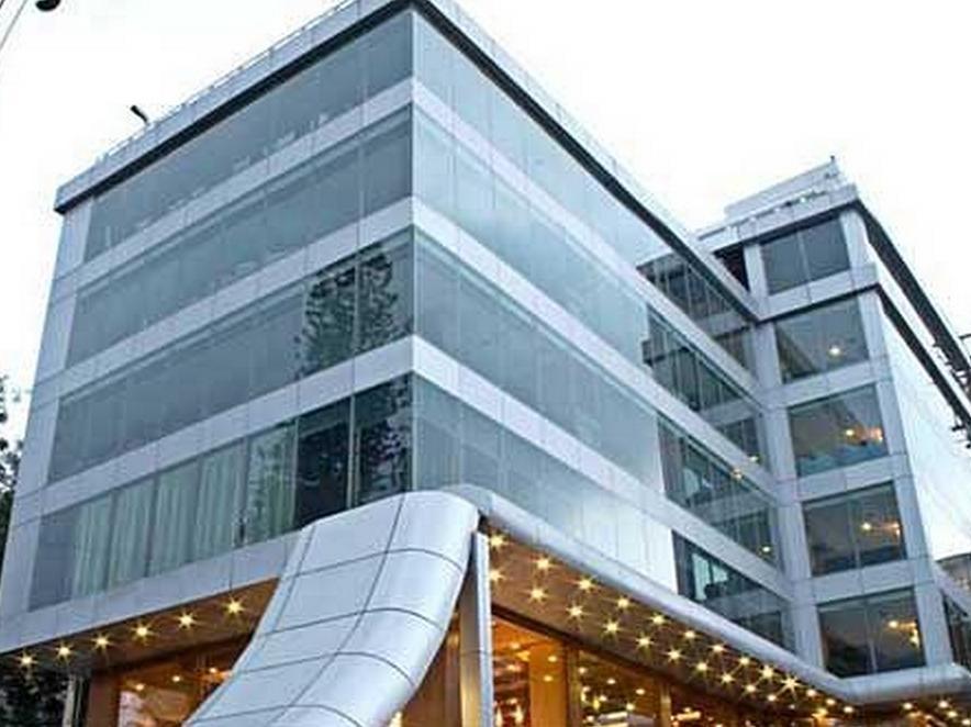The Shelton Grand Hotel - Hotell och Boende i Indien i Bengaluru / Bangalore