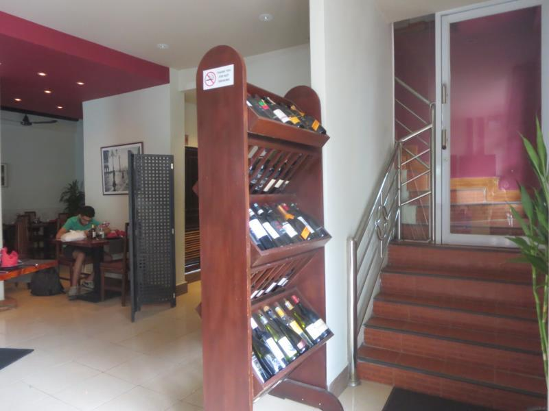 La Gondola Guesthouse And Restuarant - Hotels and Accommodation in Laos, Asia