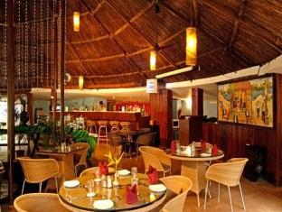 Country Club De Goa Hotel North Goa - Restaurant