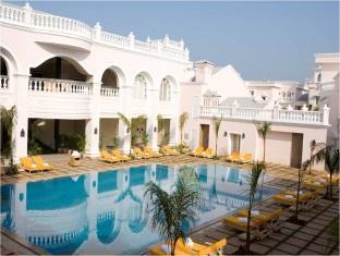 Club Mahindra Emerald Palms South Goa - Swimming Pool