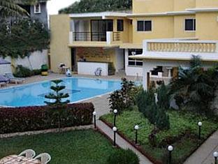 Peninsula Beach Resort North Goa - Garden