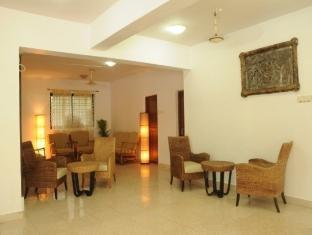 Peninsula Beach Resort North Goa - Lobby