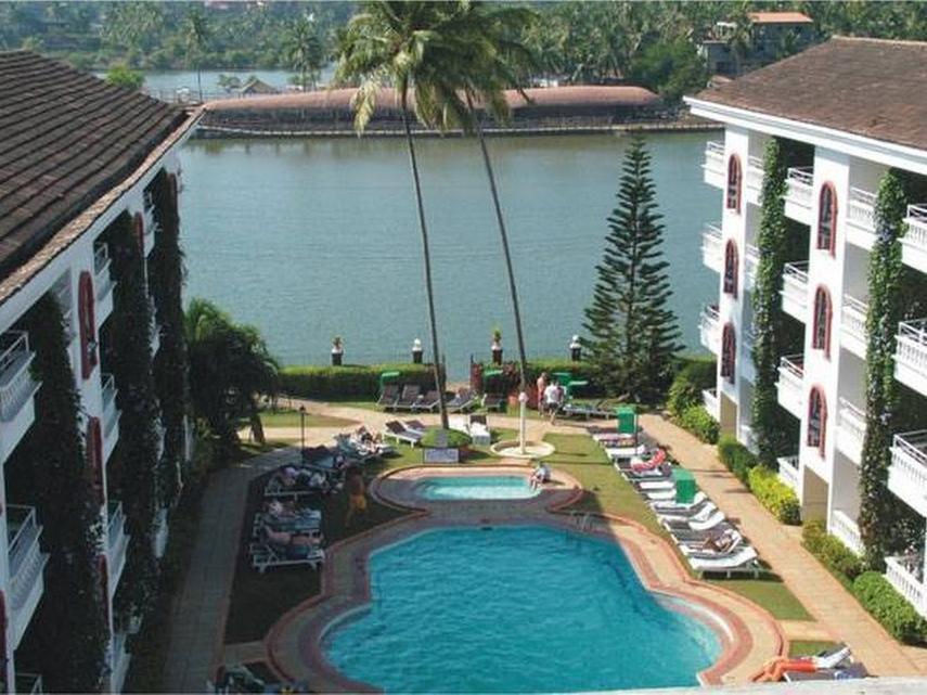 Resorte Marinha Dourada - Hotell och Boende i Indien i Goa