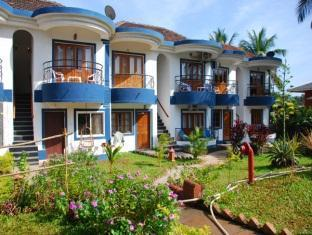 Santana Beach Resort North Goa - Hotel Exterior