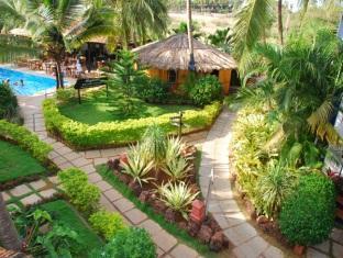 Santana Beach Resort North Goa - Garden View