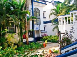 Santana Beach Resort North Goa - Garden