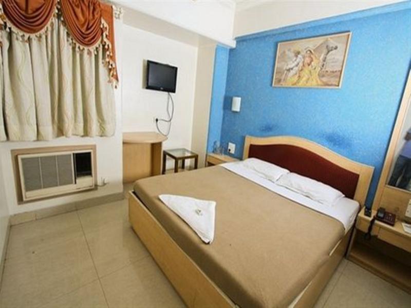 Hotel Cruz Royale