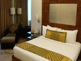 Mirage Hotel Mumbai - Executive Club Room