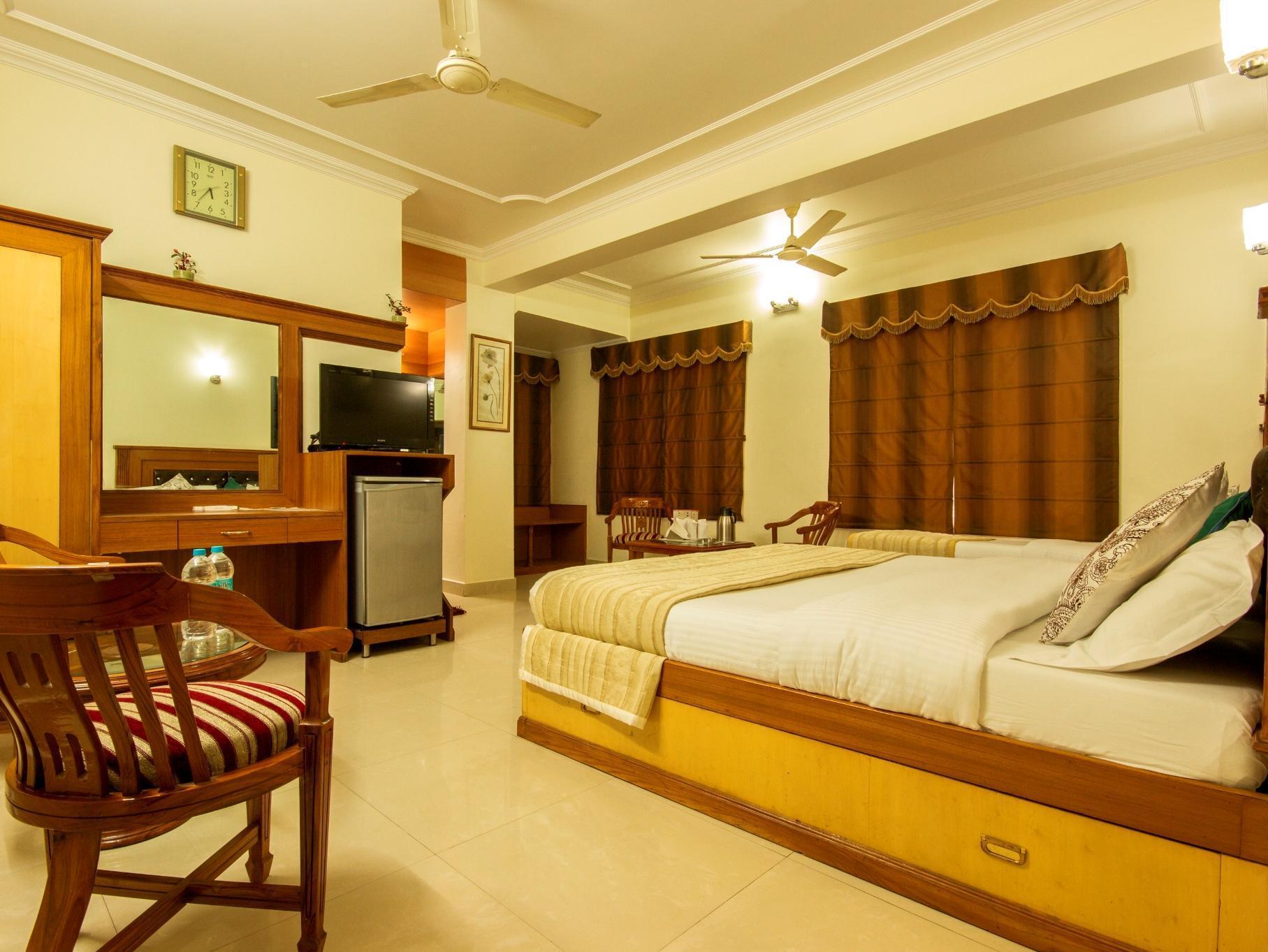 Hotel C Park Inn - Hotell och Boende i Indien i New Delhi And NCR