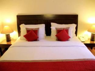 Cabana Hotel New Delhi and NCR - Guest Bed