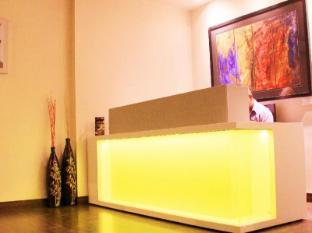 Cabana Hotel New Delhi and NCR - Reception