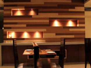 Cabana Hotel New Delhi and NCR - Dining