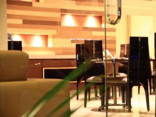 Cabana Hotel New Delhi and NCR - Seating