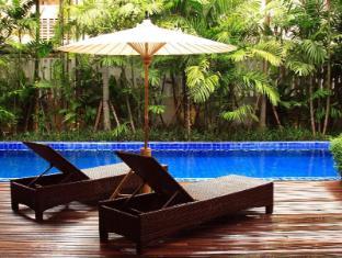 Baan Klang Wiang Hotel Chiang Mai - Schwimmbad