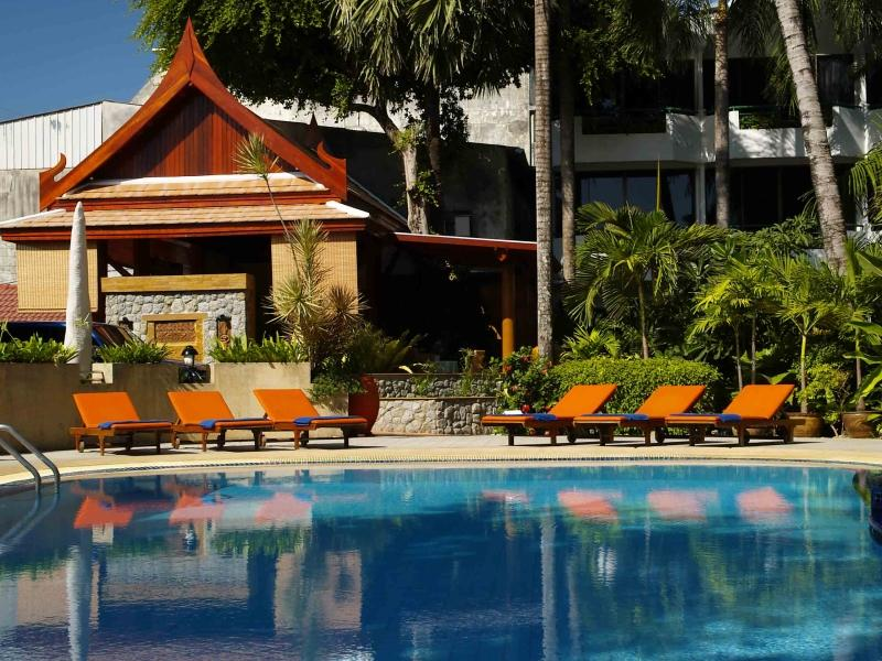Safari Beach Hotel Phuket - Surroundings