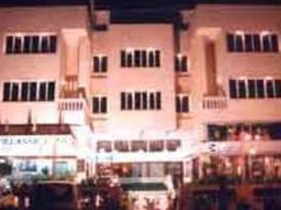 Hotel Klassic Gold - Hotel and accommodation in India in Ahmedabad