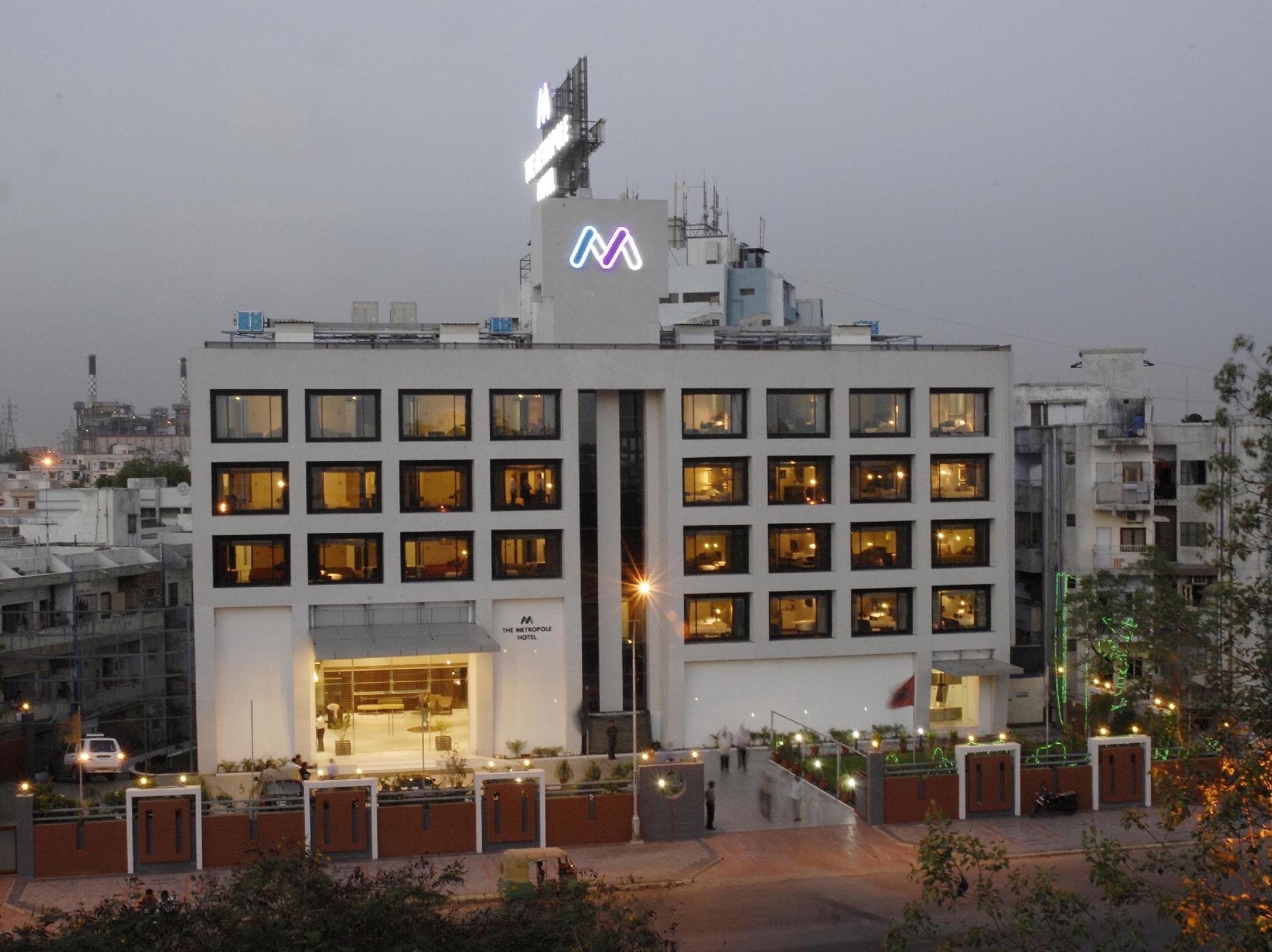 The Metropole Hotel - Hotell och Boende i Indien i Ahmedabad