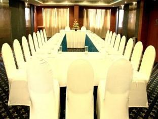 Harrisons Chennai - Meeting Room