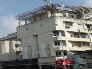 Hotel Peninsula Chennai - A szálloda kívülről
