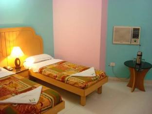 Hotel Peninsula Chennai - Vendégszoba