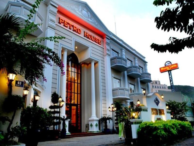 Hotell Petro House Hotel