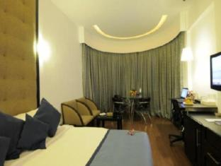 The Central Court Hotel Hyderabad - Club Room
