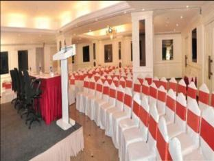 The Central Court Hotel Hyderabad - Banquet Hall