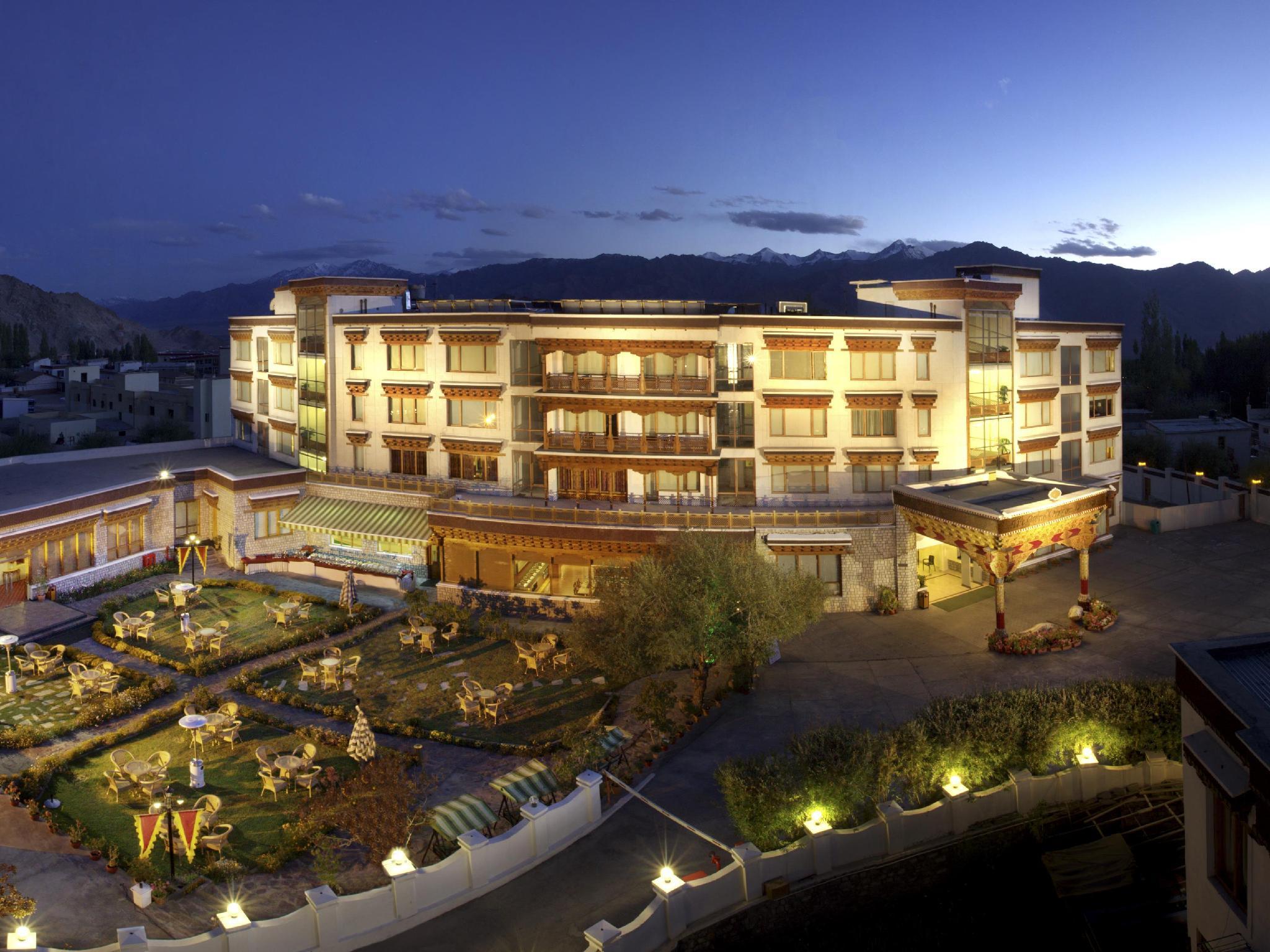 The Grand Dragon Hotel - Hotell och Boende i Indien i Leh