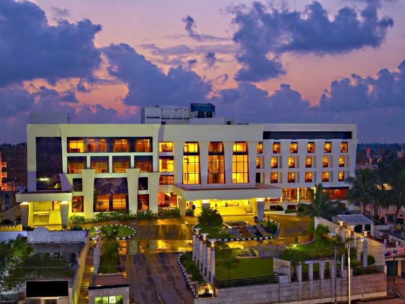 The Sunway GRT Grand - Hotell och Boende i Indien i Pondicherry