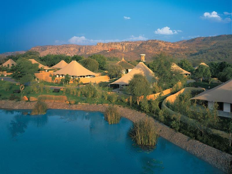 The Oberoi Vanyavilas Ranthambore Hotel - Hotell och Boende i Indien i Ranthambore