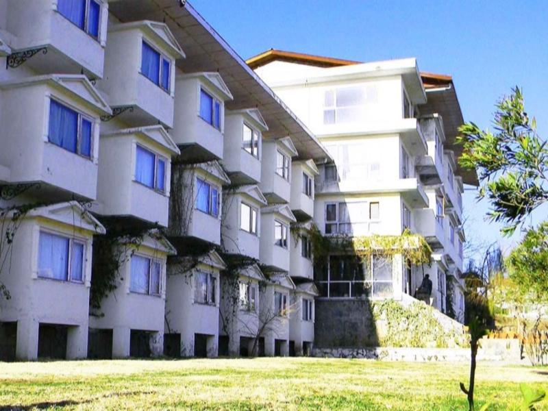 Whistling Pines Resort - Hotell och Boende i Indien i Shimla
